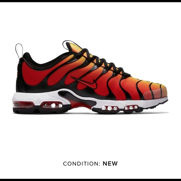 huge discount 11d0f 9ecb4 Nike Air Max Plus OG Sunset Black Pimento NWT